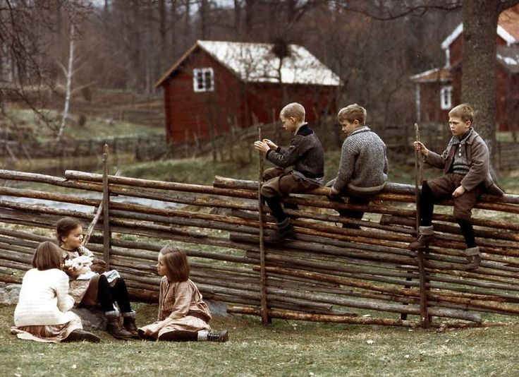 The movie The Children of Noisy Village, written by Astrid Lindgren | Alla vi barn i bullerbyn - Astrid Lindgren