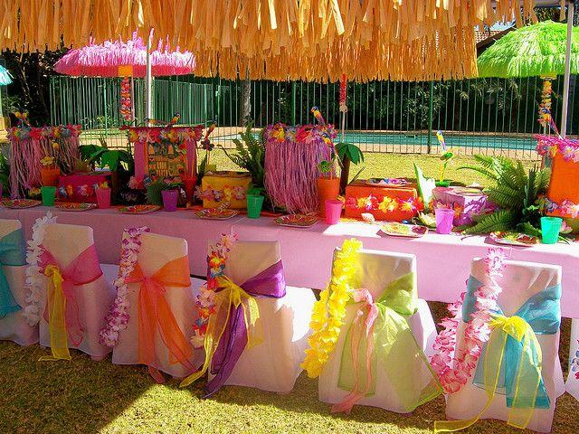 luau: Luau Theme, Kids Parties, Luau Parties, Birthday Parties, Chairs Decor, Hawaiian Parties, Parties Ideas, Pools Parties, Chairs Covers