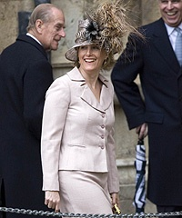 a decade of royal Easter hats: Hrh Countess, Easter Bonnets, Ma Mère, Pour Ma, Mad Hatters, Royals Ta Da, Royals Easter, Hats Adorable Hats, Easter Hats