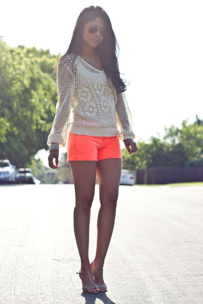 Love the coral shorts with the lace top! Women's teen ...