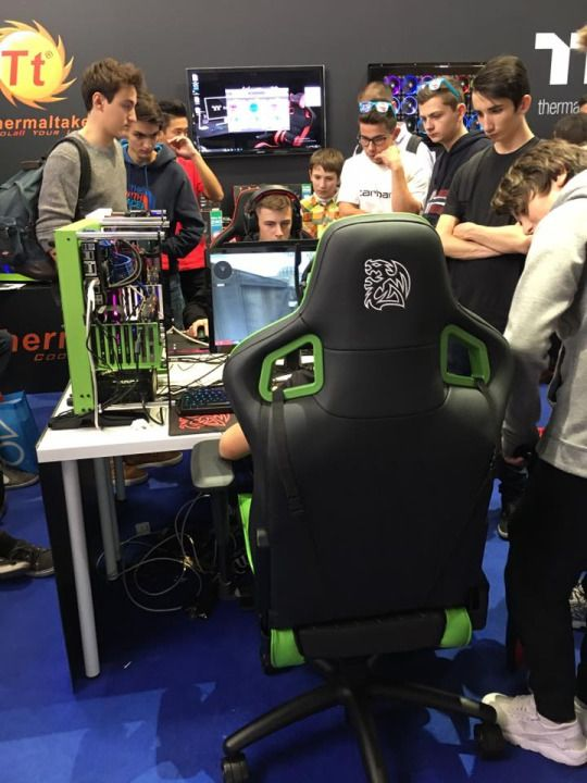 Get your hands on the new #TteSPORTS #GTFIT #GTCOMFORT #XFIT #XCOMFORT gaming chairs and make your friends #Greenwithenvy :)
