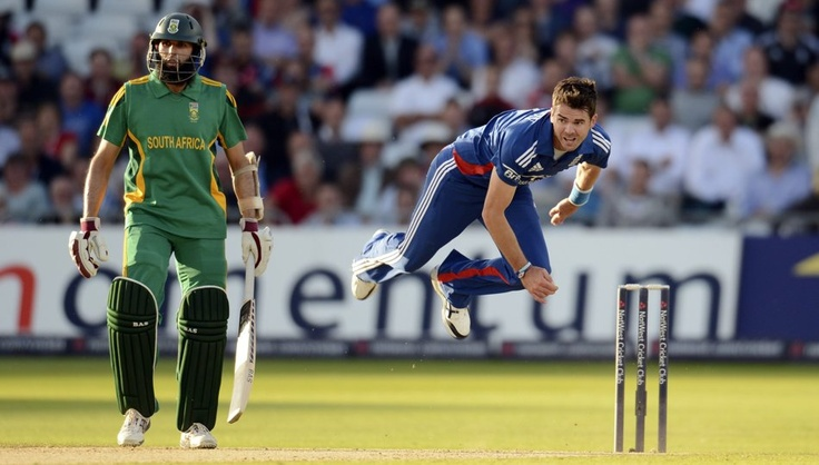 FACE TO PACE: England's James Anderson bowls as South Africa's Hashim Amla (L)…