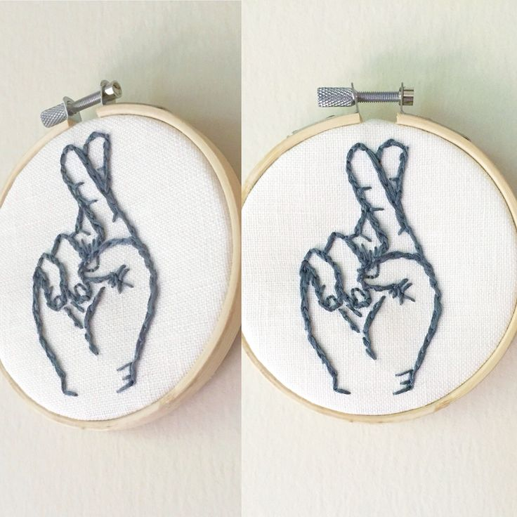 #fingerscrossed #embroidery #modernembroidery #crossstitch #hand #palm #sewing #fingers |www.stitchwitchandco.etsy.com|