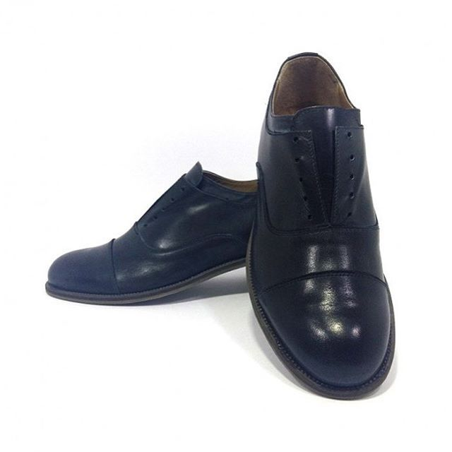 Francesina Da Vinci black www.l3luxury.com #l3_luxury_italianhandmade #italianshoes #italianhandmade #italianhandmadeshoes #manstyle #manfashion #madeinitaly #fashionshoes #higtquality #shoes #shoesman #shoesfans #shoesshop #shoesvintage #shoesmadeinitaly #shoesfashion #shoesforman #scarpe #scarpeuomo #scarpenuove #scarpemoda #followme #followforlike