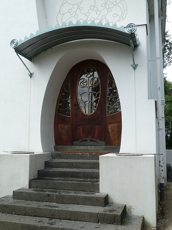 Darmstadt entry to haus deiters 1900 by joseph maria for Fenster joseph