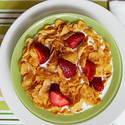 Cornflakes, Low-Fat Milk & Berries - The Best Diet for Gout - Health.com