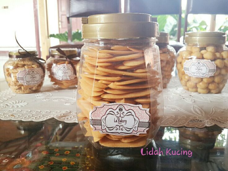 La'Bakery Lidah Kucing Cookies