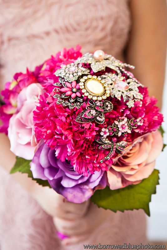 Brooch bouquet by EightTreeStreet, photo by Borrowed Blue Photography as seen in Pretty Pear Bride Magazine