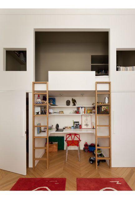great loft bed / desk area for kids