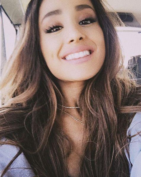Omg! So cute!!! Ariana's Smile!