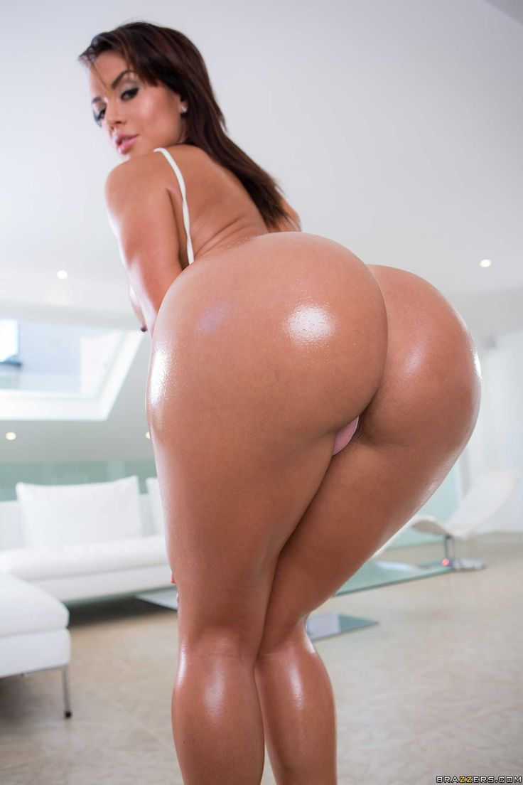 Oiled latina porn