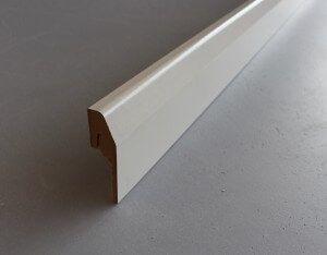 plinthe-cache-goulotte-papier-blanc-2-300x234