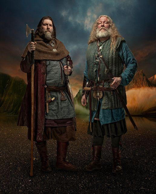 Vikings by Brynjar Ágústsson( verdadera vestimenta de rey) excepto por las botas altas que se usaron al final del periodo vikingo