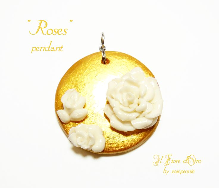 """Roses"", pendant representing white roses in low / medium-relief on a golden background. The white rose is a symbol of purity and spiritual love. This pendant, made entirely by hand from molding to painting, it's then not only an original, elegant jewel, but also an accessory rich with meaning, ..."