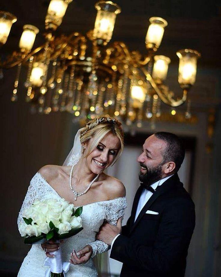 Düğün hikayesi fotoğrafları... #photographer #photography #fatihfullframe #wedding #weddinghair #weddingphotos #weddingdayphoto #weddingphotography #düğün #düğüngünü #düğünvar #düğünalbümü #düğünhikayesi #albüm #aşk #love #kına #nişan #nikon #nikond4 #herdüğünözeldir #istanbuldüğünfotoğrafçısı http://turkrazzi.com/ipost/1520555980604188166/?code=BUaGZutAiYG