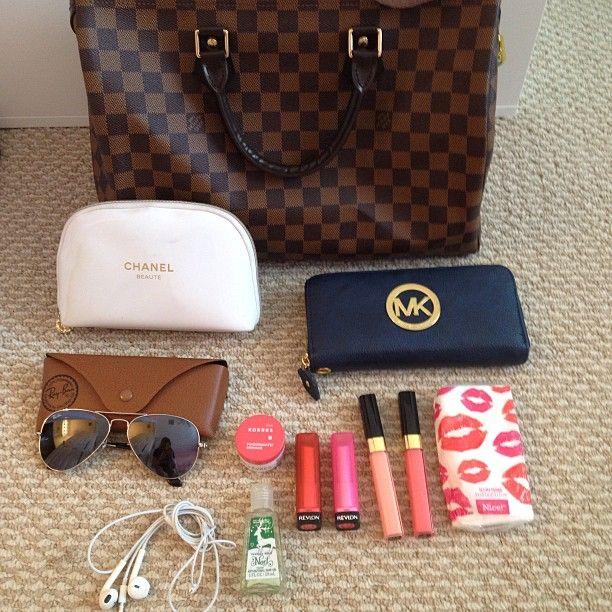 Whats in my purse! Thank you @Ashlyn Gilbert Guy for tagging me I tag @makeupbysuus @Ash Huang Ann @Elisabeth Ingram Buck Web Instagram User » Followgram