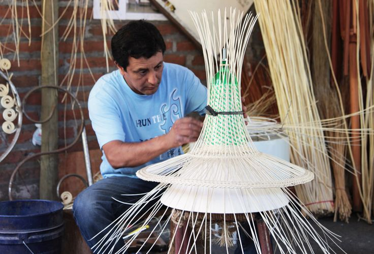 2011 was the year the PET LAMP project was conceived in Spain, 2012 saw the launch of the Colombian experience, and 2013 saw its expansion to other ...