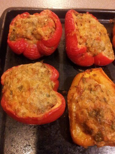 Bufflao Turkey Stuffed Peppers. LOW FAT LOW CARB LOW CALORIE, TONS of flavour! A skeptical jess original!