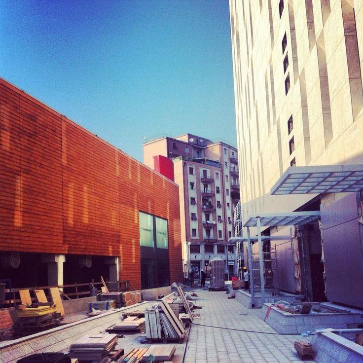 #skyline18 #appiaanticasrl #brescia #palosco #apartments #architettura #frecciarossa #building #garden #stone #flooring