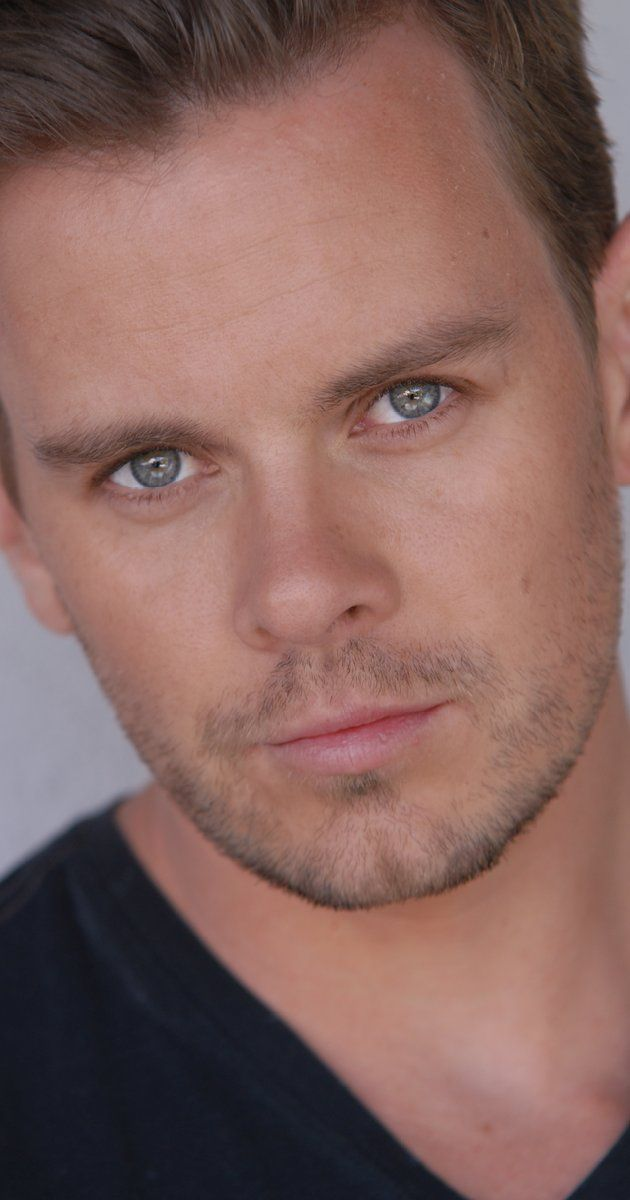 Morgan Kelly, Actor: A History of Violence. Morgan Kelly was born on June 23, 1976 in Montreal, Quebec, Canada. He is an actor, known for A History of Violence (2005), Being Erica (2009) and The Lookout (2007). He is married to Jackie Szabo. They have one child.