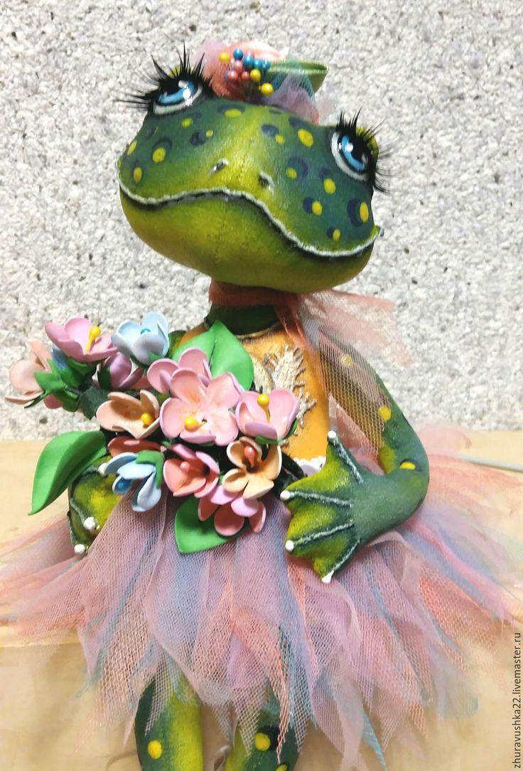 Купить Лягушка-балеринка. Текстильная кукла. - зеленый, лягушка, коллекционная кукла, текстильная кукла, подарок