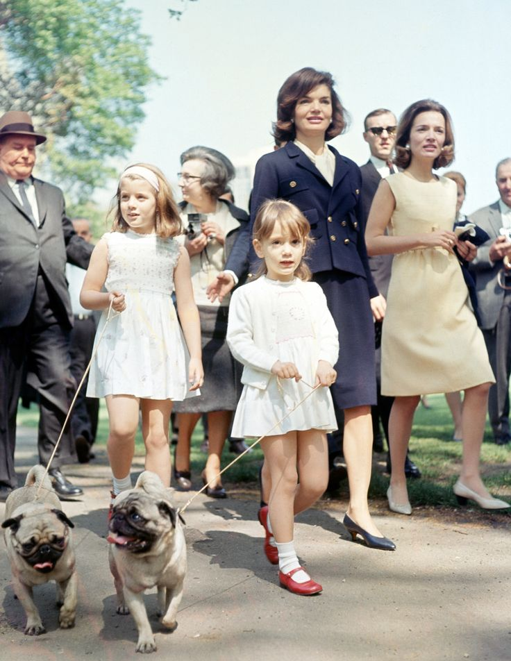 Lee Radziwill with her sister, Jackie Kennedy