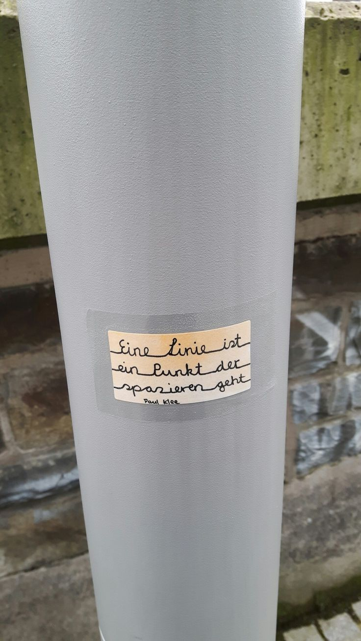 """""""Eine Linie ist ein Punkt der spazieren geht."""" Paul Klee Streetart urban guerilla sticker aufkleber kunst"""
