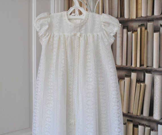 Beautiful vintage christening gown. This is a super long gown, that will really make a statement.  Made in Great Britain for Mothercare in the late