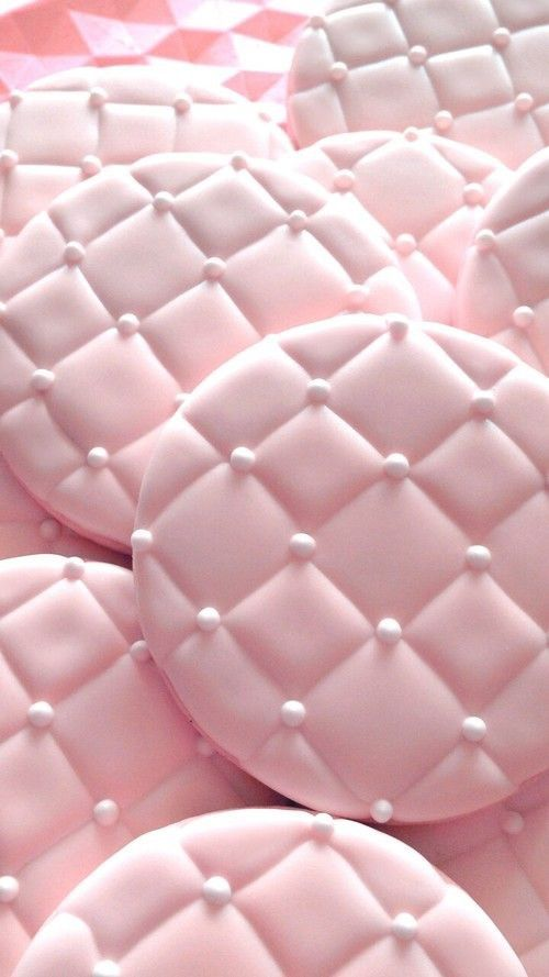 PINK : Tufted with Pearls Cookies
