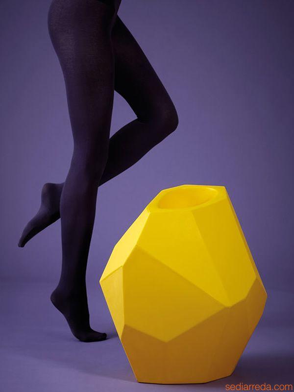 Secret @slidemilano design vase