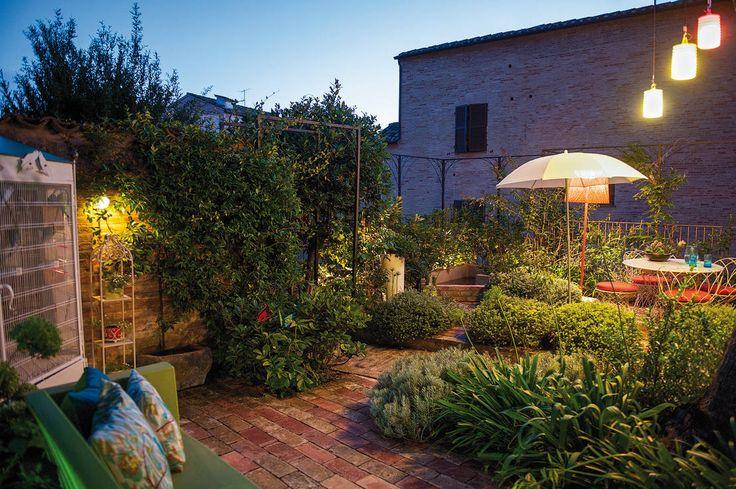 Creare un meraviglioso giardino selvatico: 6 idee per cominciare. #idee_giardino #decor #outdoor https://www.homify.it/librodelleidee/387768/creare-un-meraviglioso-giardino-selvatico-6-idee-per-cominciare