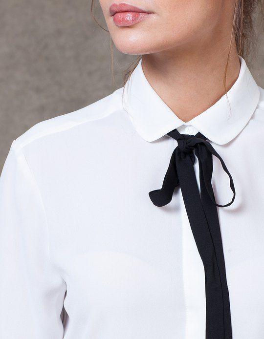 Otoño-Invierno 2015/2016: Camisas minimalistas con lazo al cuello.