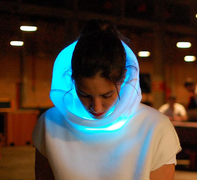 SENSOREE GER Mood Sweater, A Unique Wearable Device That Changes Color With Your…