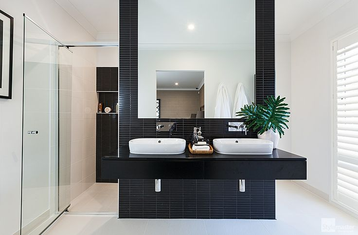 Ensuite in the Lakeview by Stylemaster Homes. On display at Pelican Waters.
