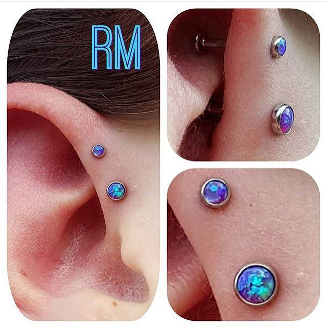 Double forward helix piercing by @randy_mantra with jewelry from our friends at…