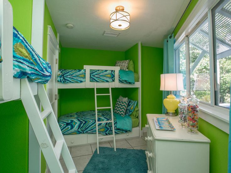 Bunk Beds - Limefish has something for all the family with this simply stylish yet fun bunk beds that children will love! With beautiful sea views, the beach will never be too far away in Limefish!