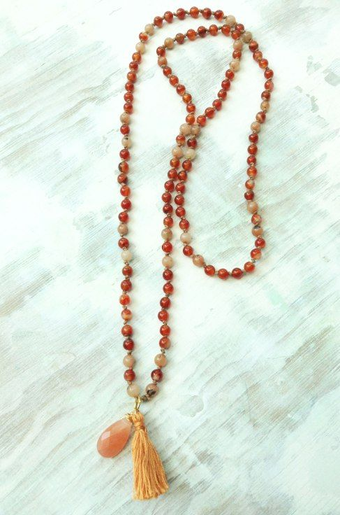 Mala necklace by AmanoCraftsJewelry Inspiration, Favorite Necklaces, Jewellery Necklaces, Jewelry Projects, Accesories Ideas, Beads Art, Mala Inspiration, Jewelry Ideas, Mala Necklaces