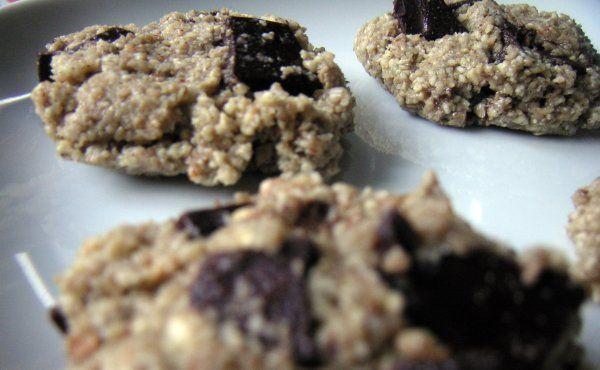Ingredienser till kaksmet   3 dl cashewnötter (eller hälften mandel, solrosfrön eller andra nötter/frön)  2 msk agavenektar eller honung  ...