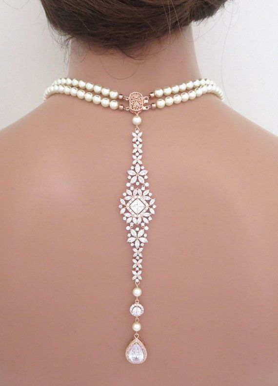 Love this idea for a low back wedding dress !! Or, for bridesmaids! Pearl backdrop necklace Bridal back drop necklace by treasures570