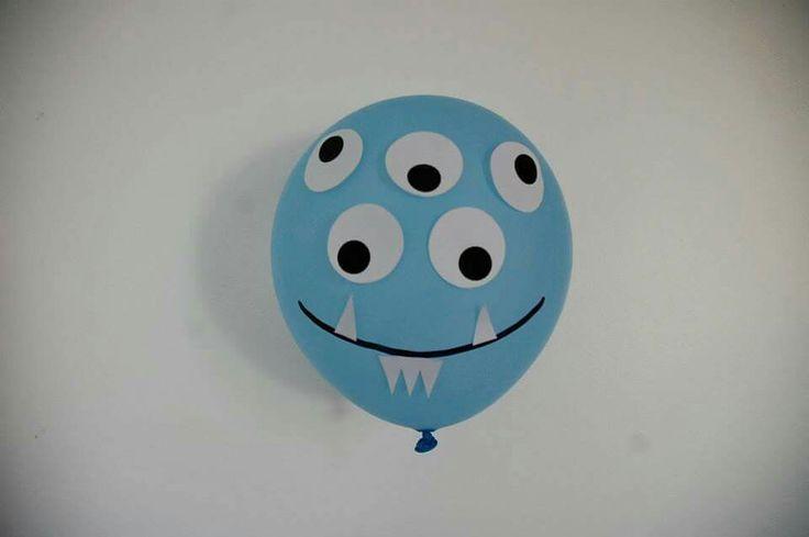 ballon de baudruche monstre