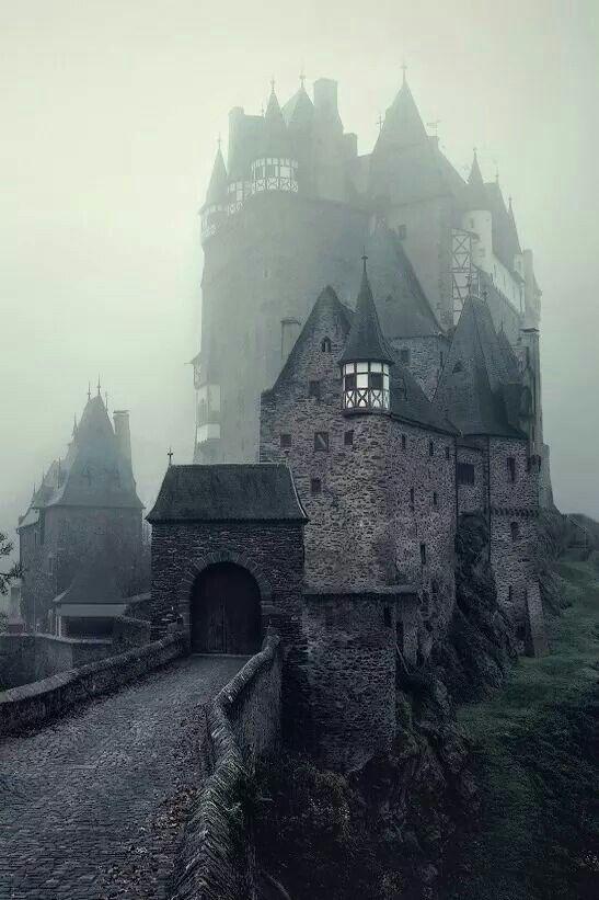 Burg Eltz - Castle in the fog - Germany