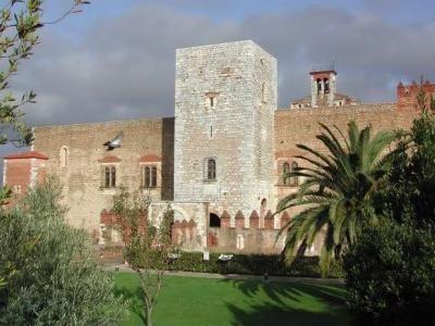 Le palais des rois Perpignan Guide du tourisme des Pyrénées-Orientales Languedoc-Roussillon