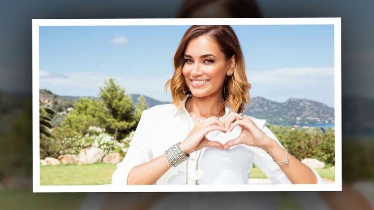 """Der Sommer ist zwar so gut wie vorbei doch bei RTL II geht die heiße Jahreszeit in die Verlängerung: Heute startet die neue Dating-Show Love Island moderiert von Jana Ina Zarrella (40). Doch worum geht es in der Kuppel-Sendung? Promiflash liefert euch die wichtigsten Details zu dem ungezügelten Erfolgsformat aus Großbritannien mit Knister-Potenzial!   Source: http://ift.tt/2jg7Xnw  Subscribe: http://ift.tt/2qStjH9 ist TV-Start: Alle Facts zum deutschen """"Love Island""""!"""
