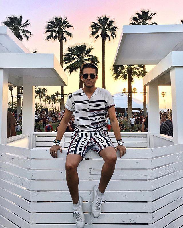#Coachella day ☝️ look  lemlem | Sandro Paris | Rayban | Details on IG: @iamgalla