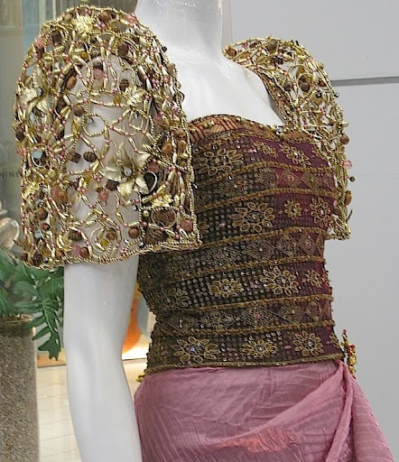 Edwin F Uy Fashion Designer