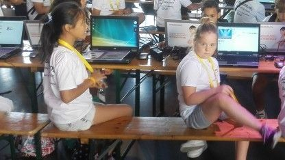 Jahre zu spät startet die Regierung ein Programm, um die IT-Ausstattung an Schulen zu verbessern. Der Plan DigitalPaktD lässt sich zudem fünf Jahre Zeit, stellt aber immerhin