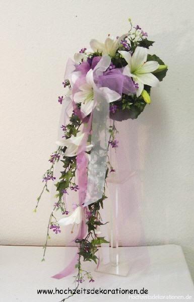 Brautstrauss Lilien Wasserfall weiß mit Deko