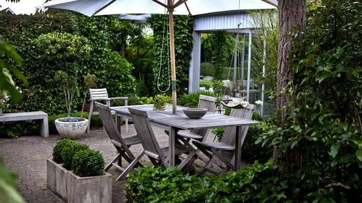 Patio in sweden garden patio outdoor rooms and for Pinterest outdoor garden rooms