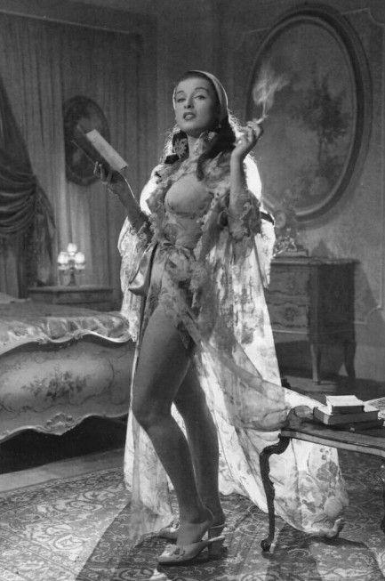 Italian actress Sylvana Pampanini