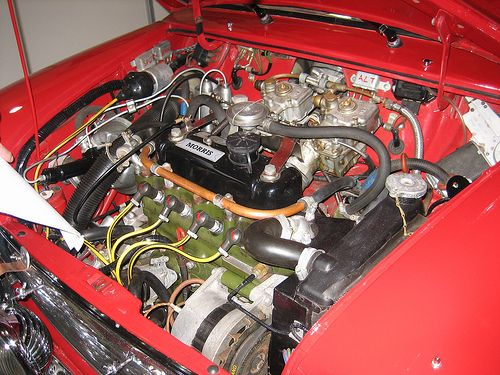 Mini Cooper S , running split Webers
